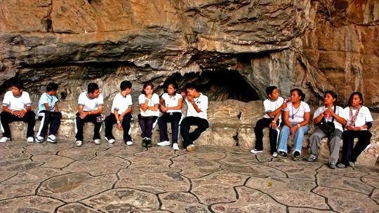 cave02.jpg