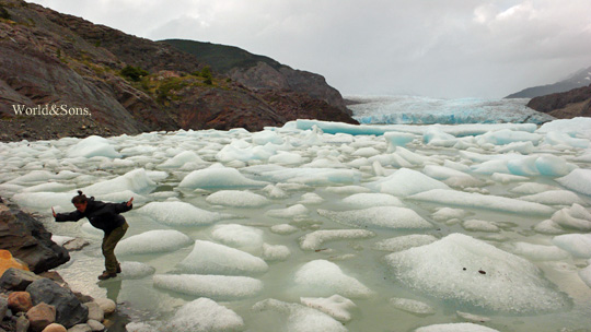 ice1%2006.jpg