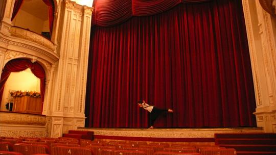 theatre01.jpg